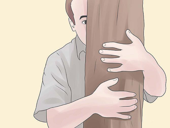 Высокое дерево спасет вас от слона