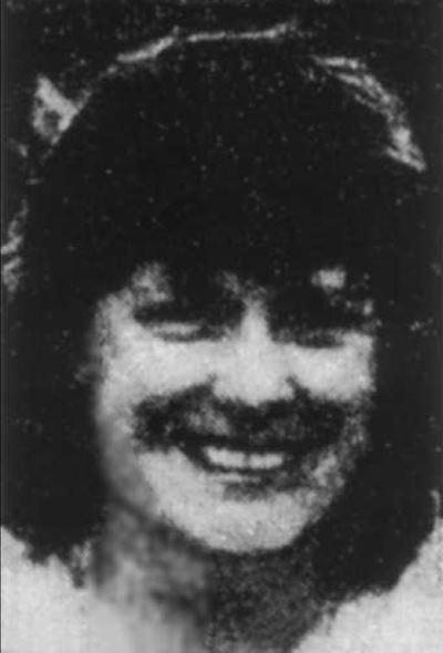 черно-белое фото женщины, убытой акулой