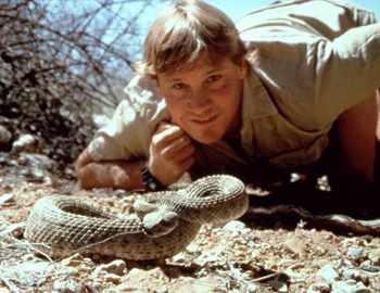 Стив со змеей