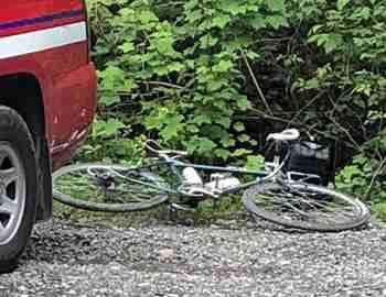 пума напала на велосипедиста