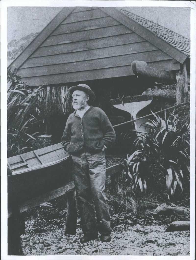 мужчина спас какапо