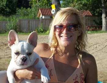 Лиза Урсо со своей собакой